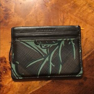 Leather Burberry Leaf design Card Case